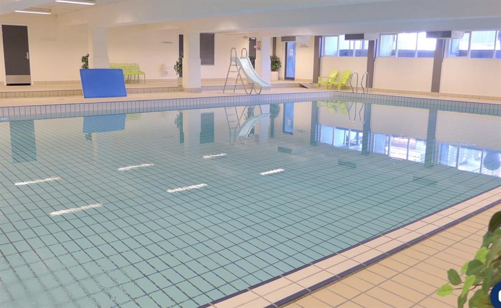 Indendørs pool. Gratis adgang