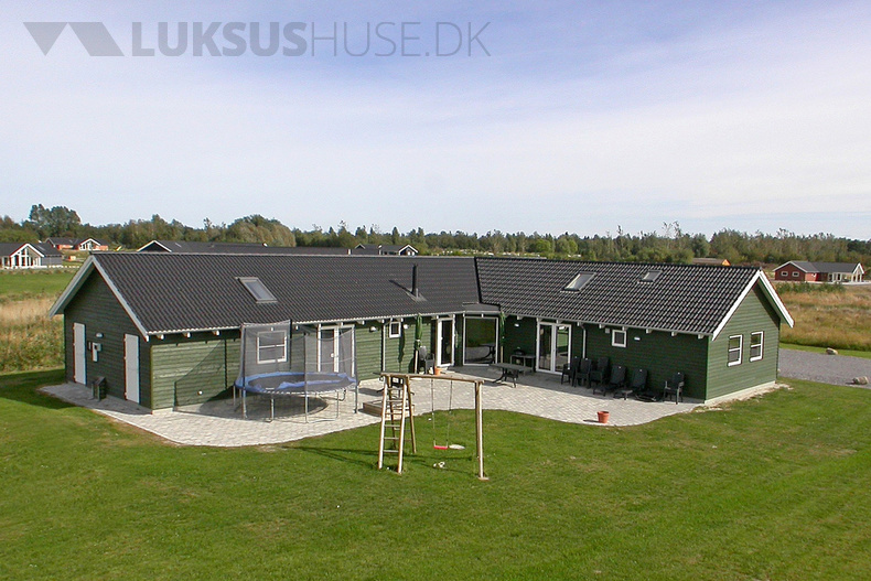 Sommerhus til 18 personer ved Marielyst