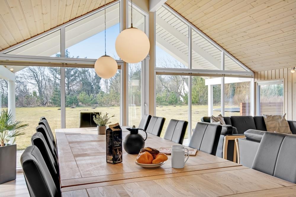 Sommerhus til 14 personer ved Nr. Lyngby
