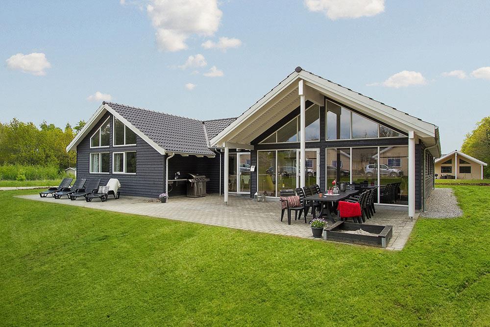 Sommerhus til 16 personer ved Fjellerup