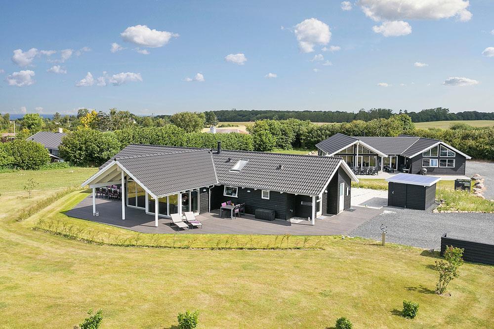 Sommerhus til 12 personer ved Skåstrup strand
