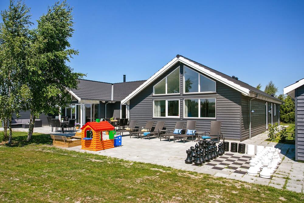 Sommerhus til 20 personer ved Marielyst