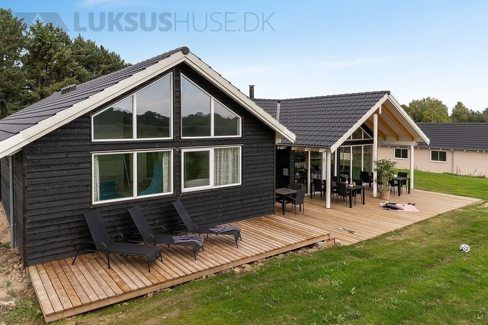 Sommerhus til 16 personer ved Vejby Strand