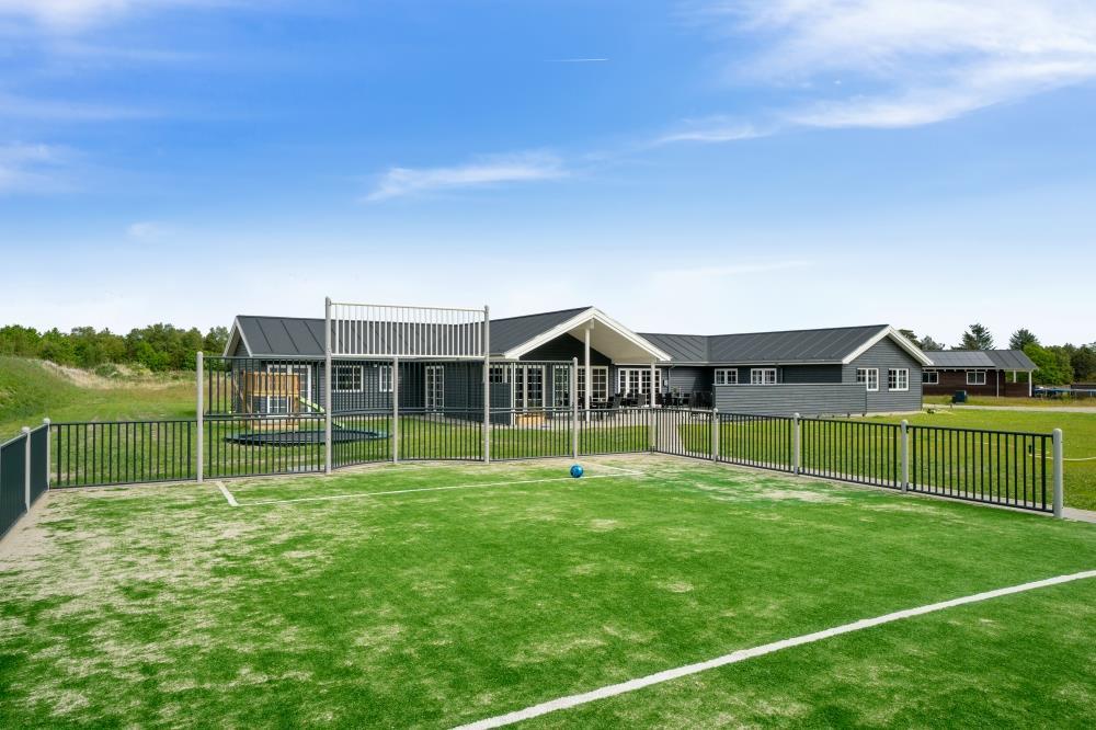 Sommerhus til 24 personer ved Ålbæk