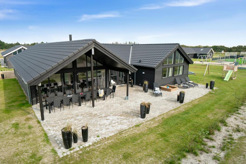 Sommerhus til 16 personer ved Houstrup Strand