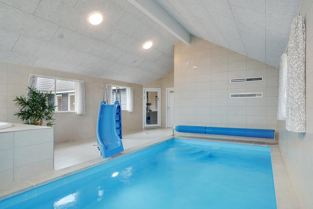 Sommerhus til 20 personer ved Mommark