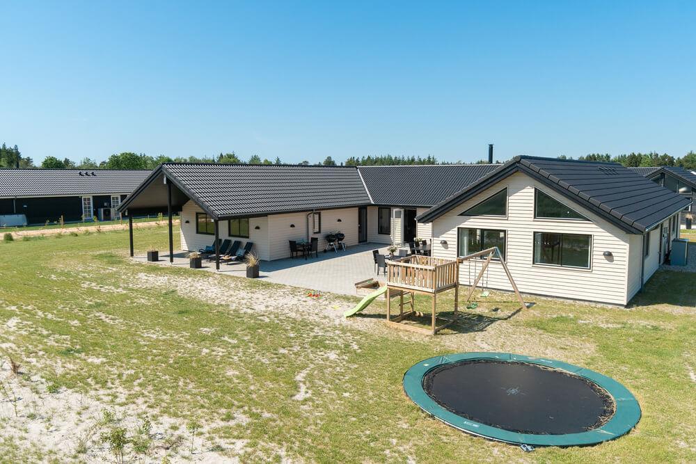Sommerhus til 20 personer ved Nr. Lyngby