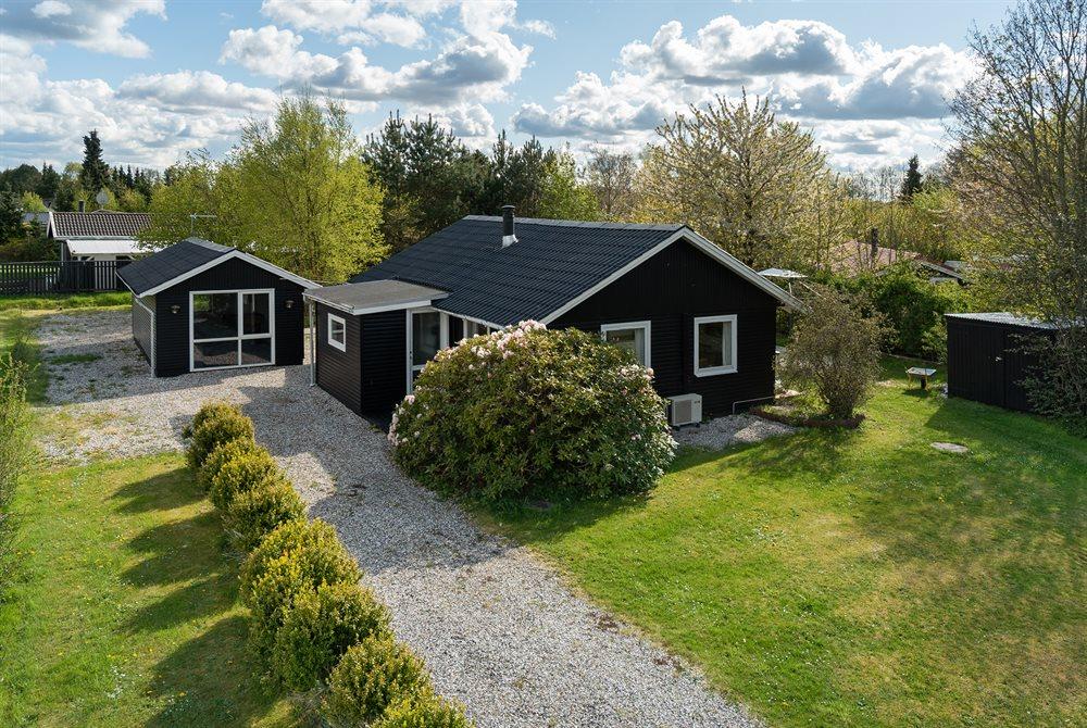 Sommerhus til 4 personer ved Egense