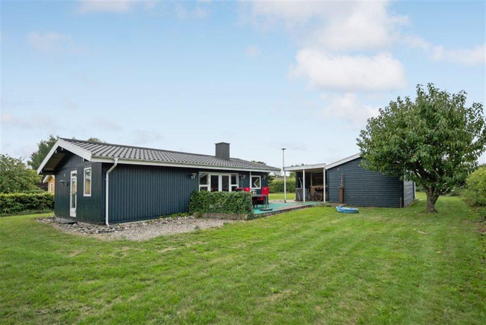 Sommerhus til 6 personer ved Årø