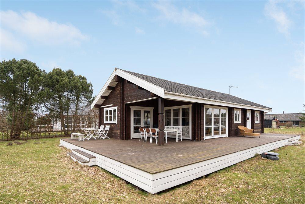 Sommerhus til 6 personer ved Udby