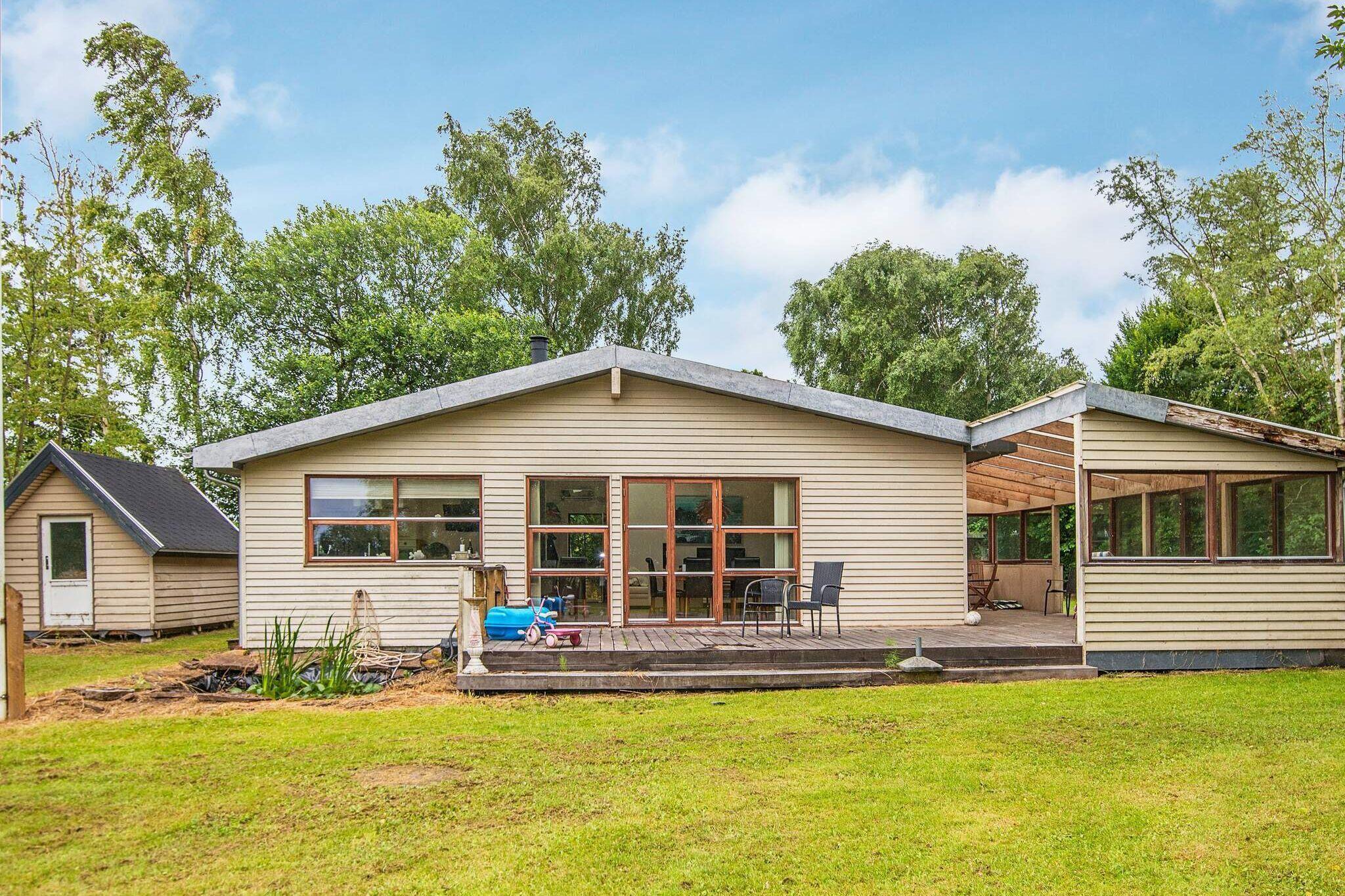 Sommerhus til 8 personer ved Knebel