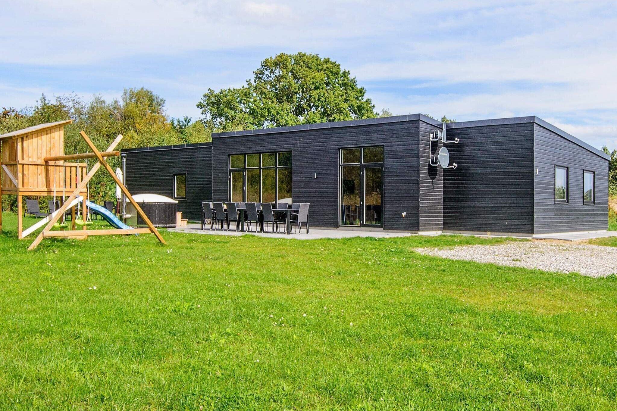 Sommerhus til 16 personer ved Glesborg