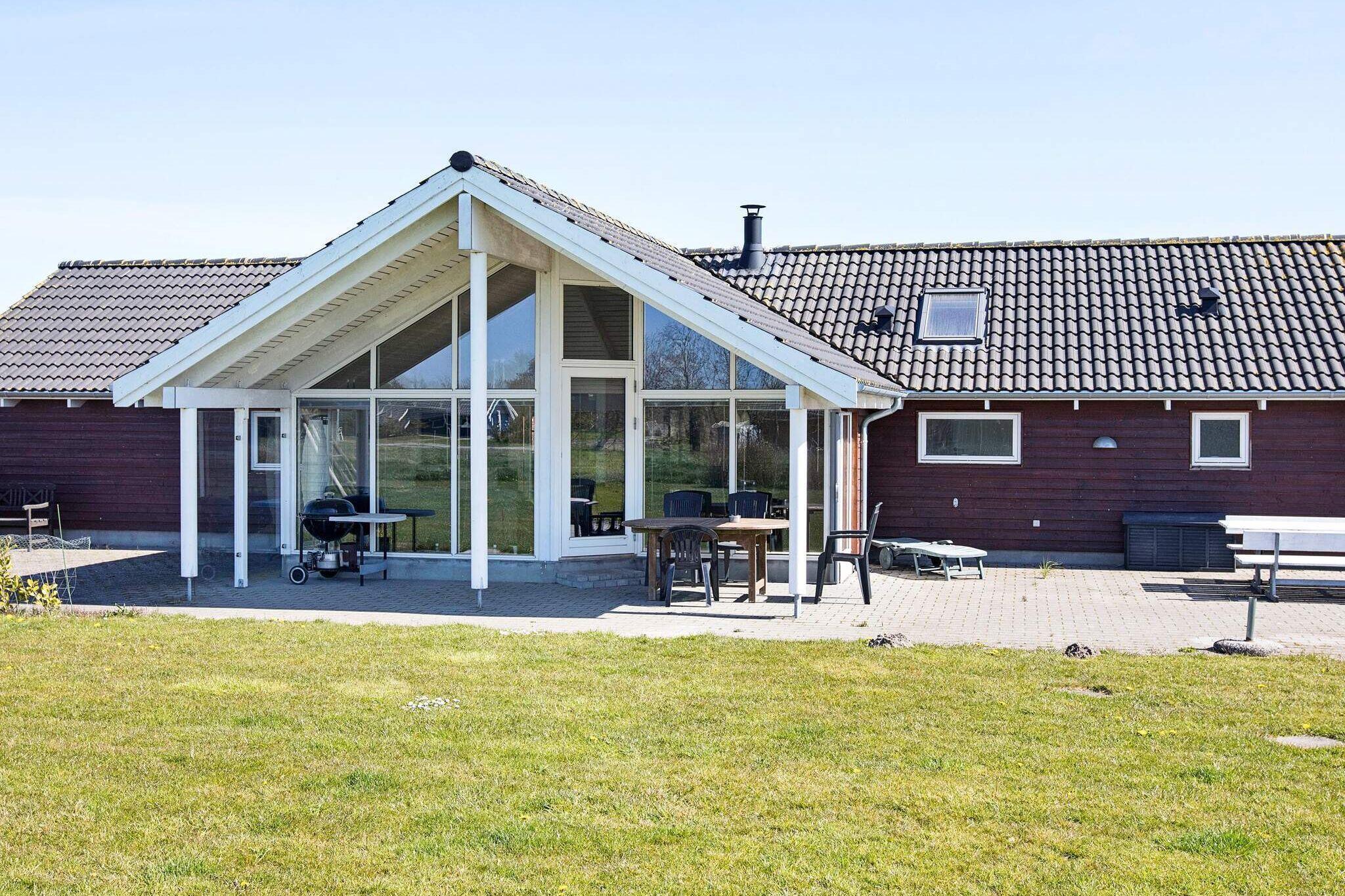 Sommerhus til 12 personer ved Idestrup