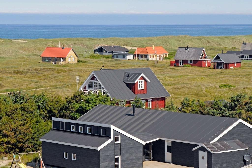 Sommerhus til 12 personer ved Harboøre