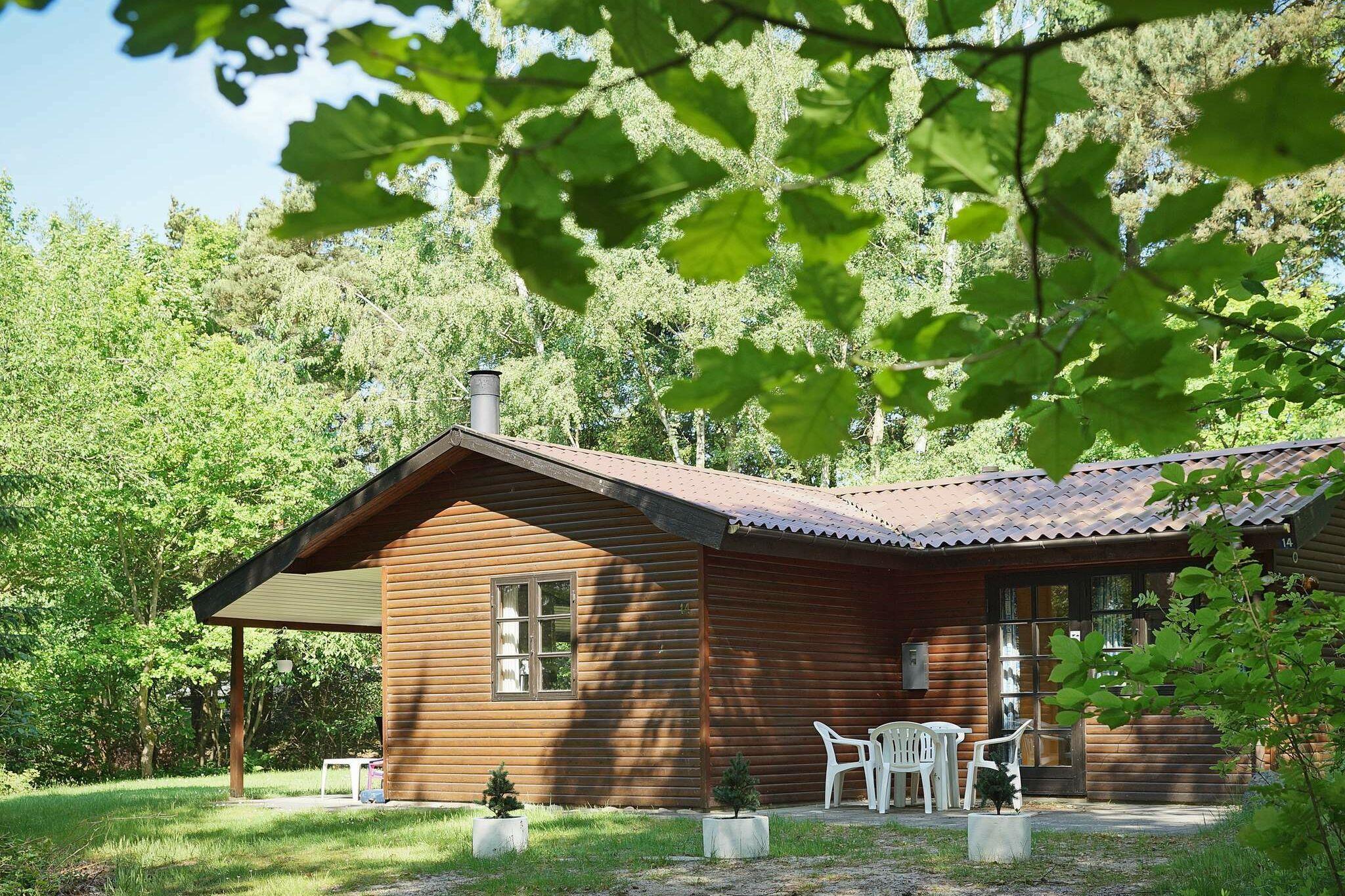 Sommerhus til 6 personer ved Rønne