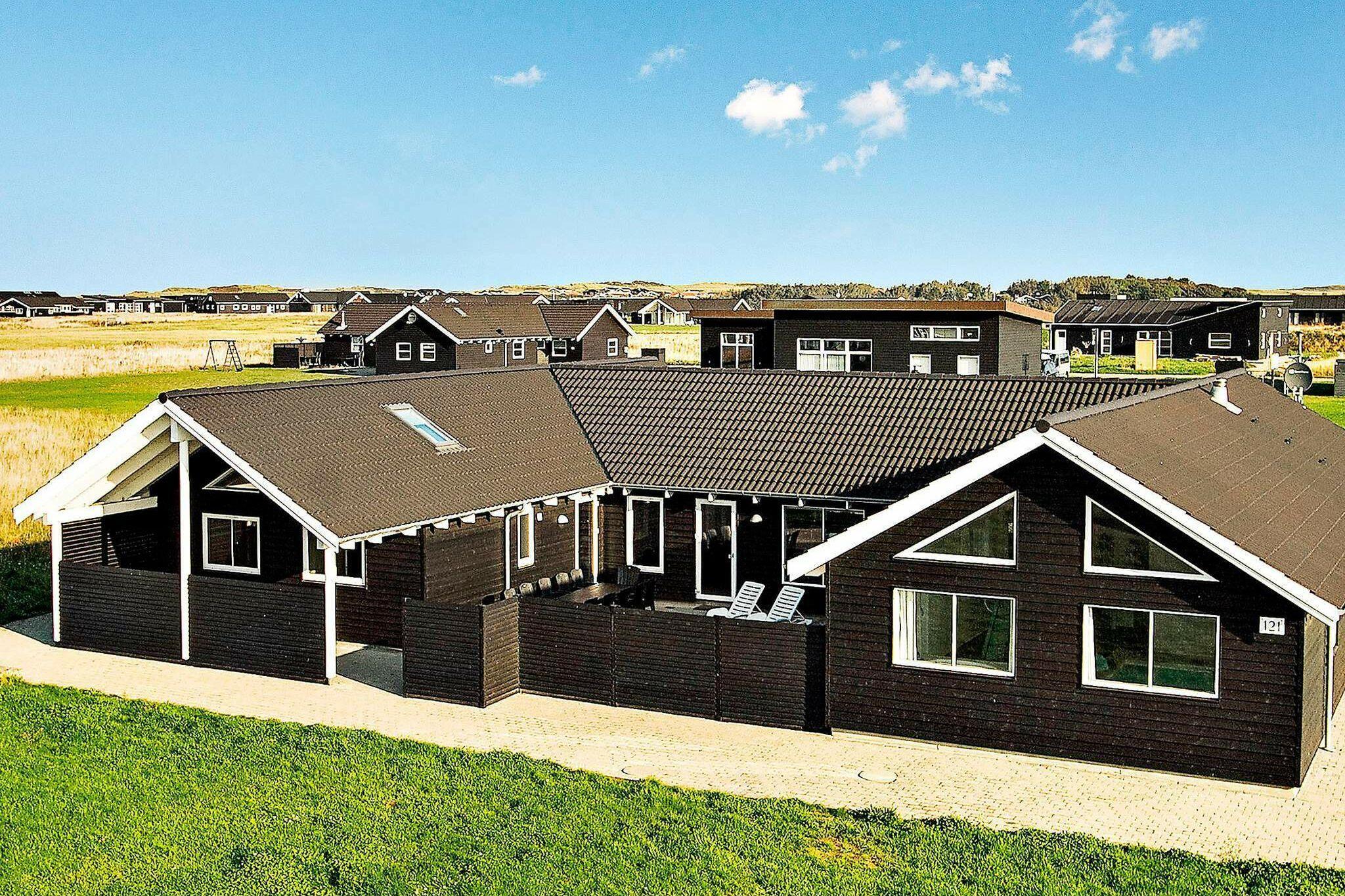 Sommerhus til 20 personer ved Løkken