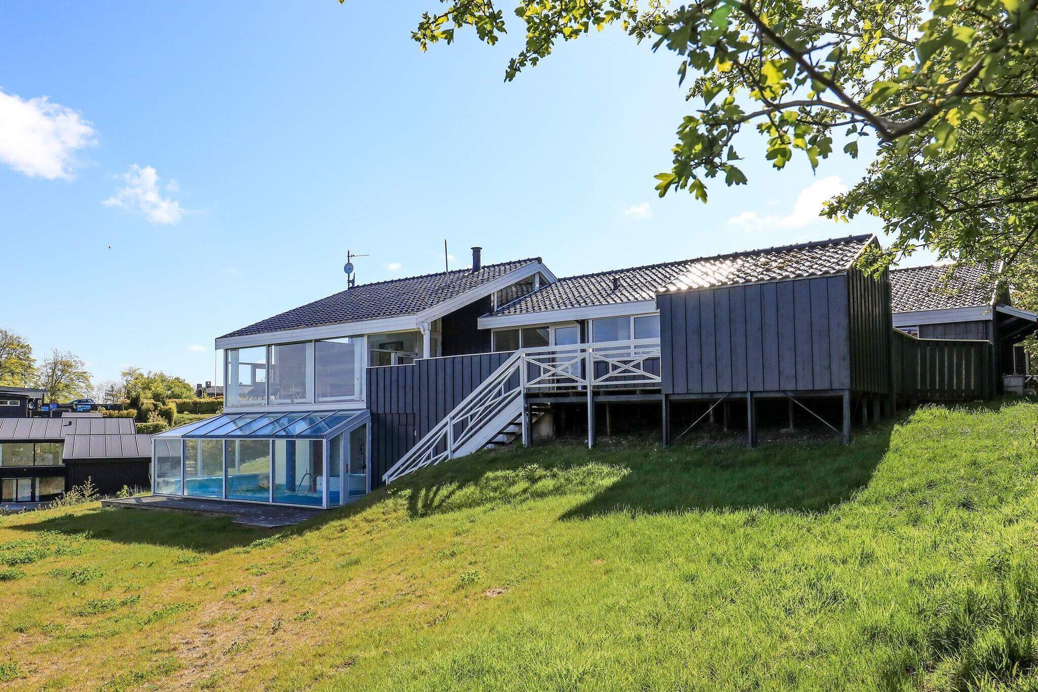Sommerhus til 12 personer ved Løgstrup