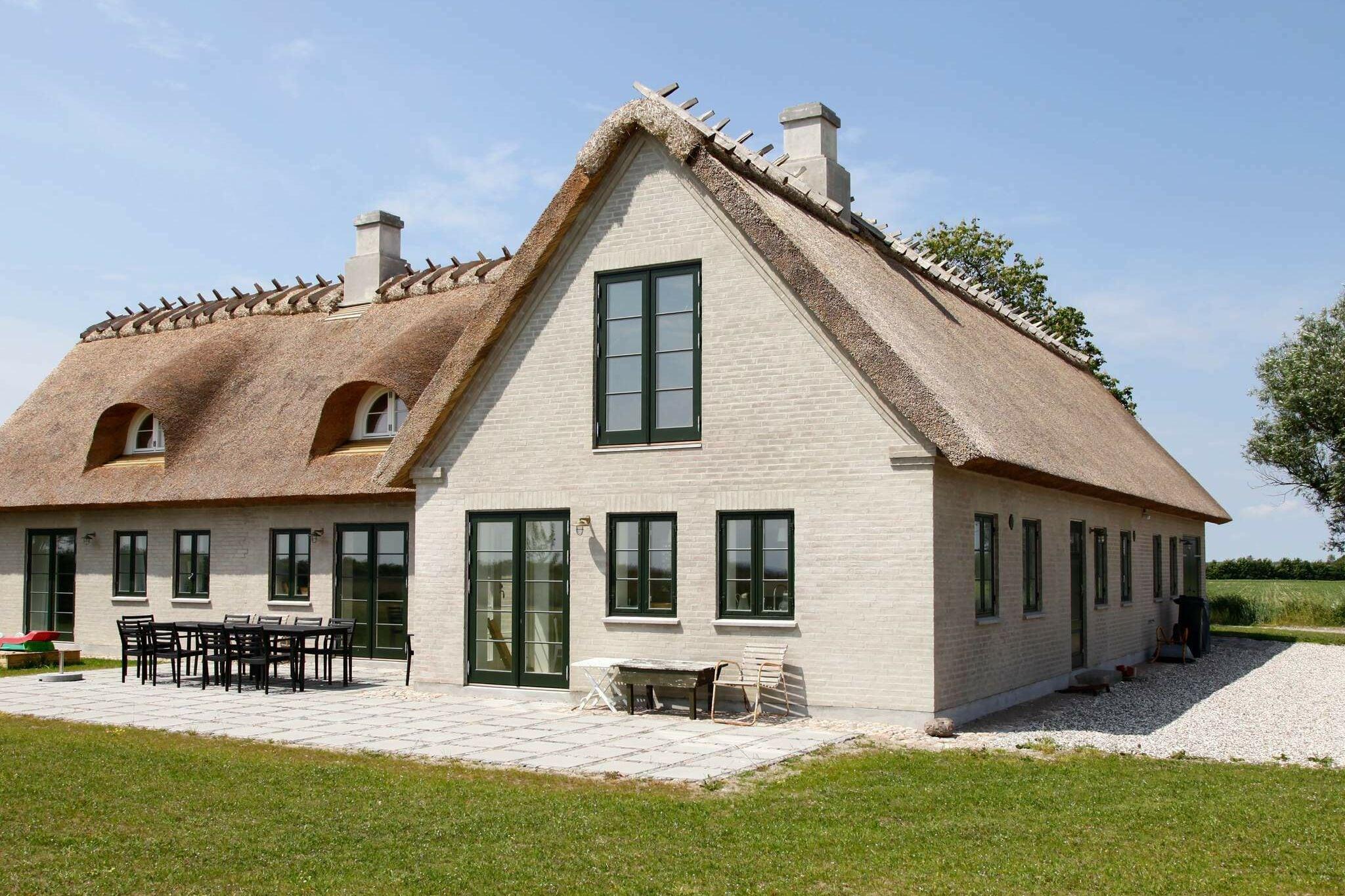 Sommerhus til 7 personer ved Idestrup