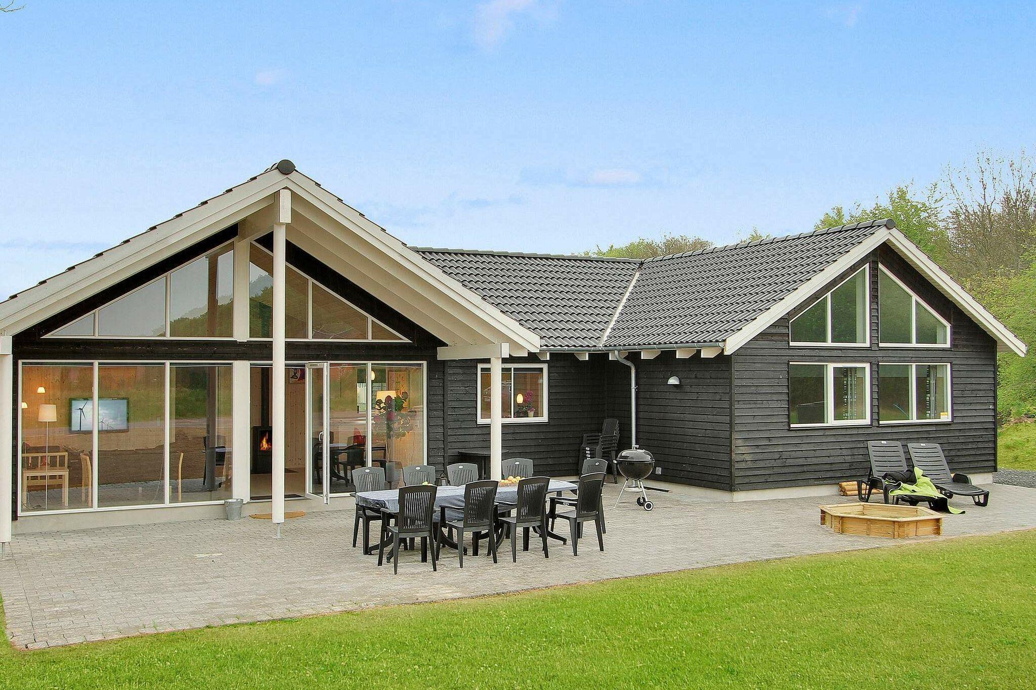 Sommerhus til 18 personer ved Tranekær