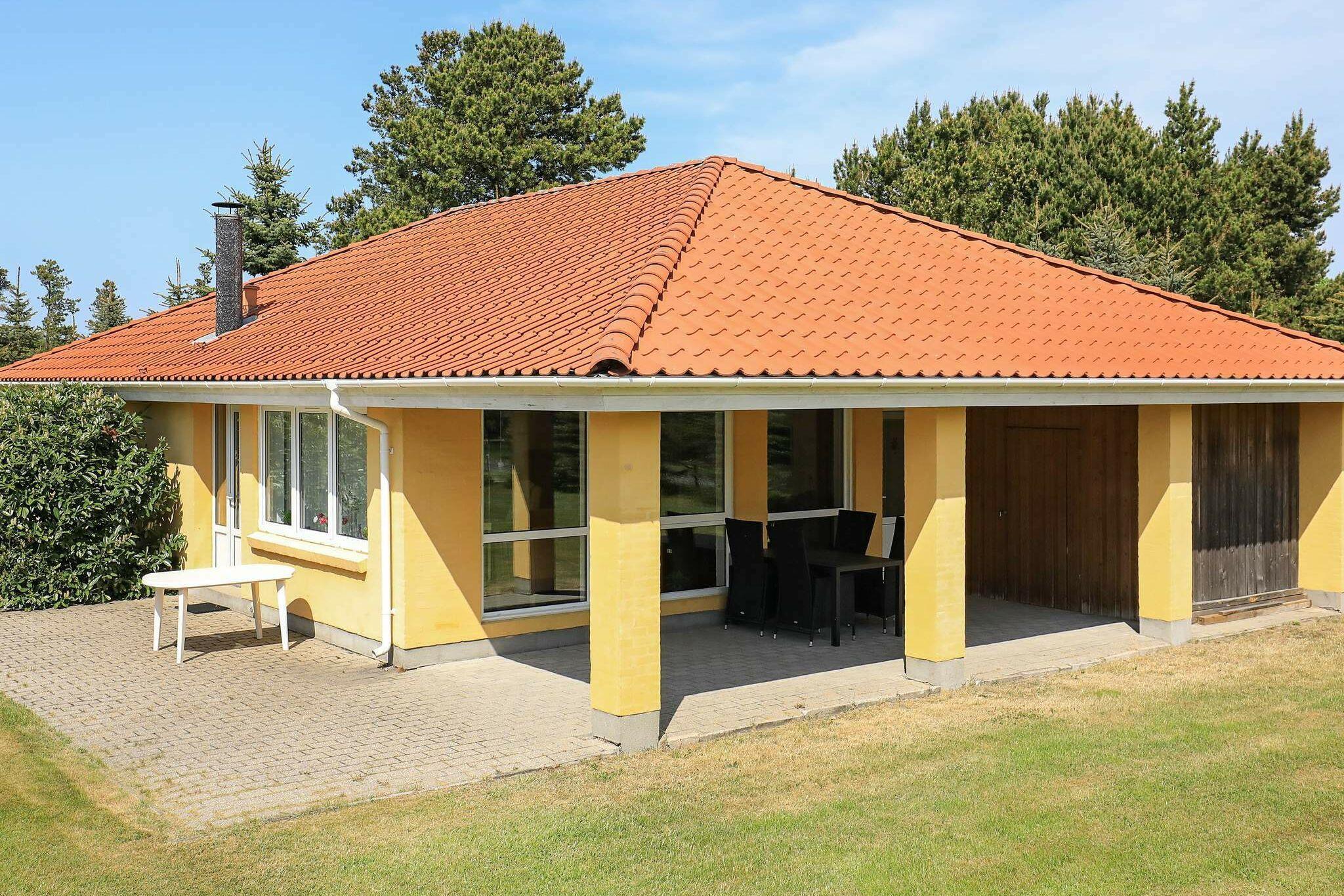 Sommerhus til 9 personer ved Hals