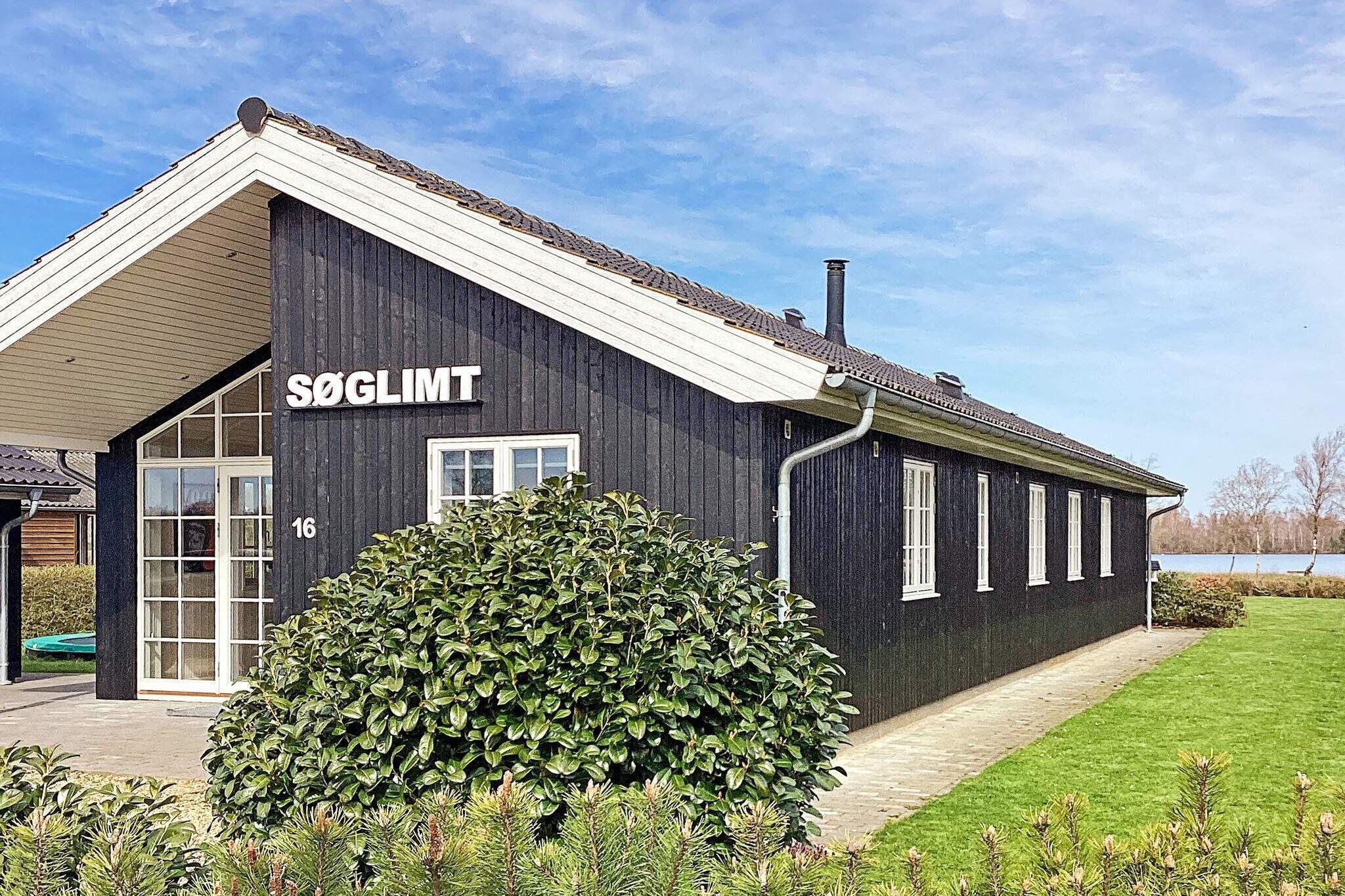 Sommerhus til 10 personer ved Ansager