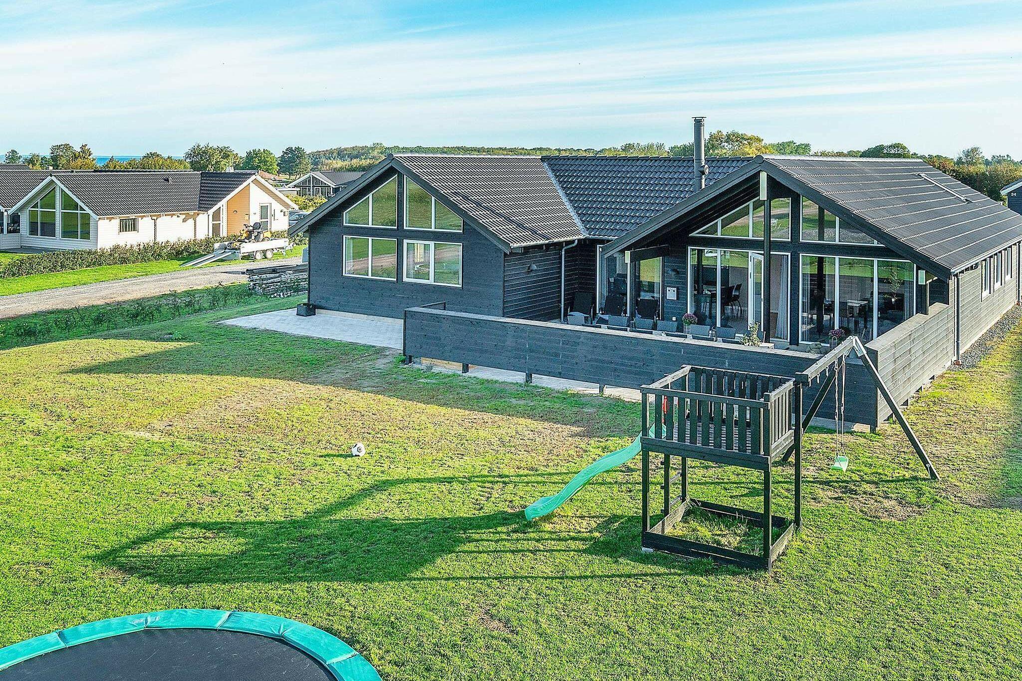 Sommerhus til 14 personer ved Bogense