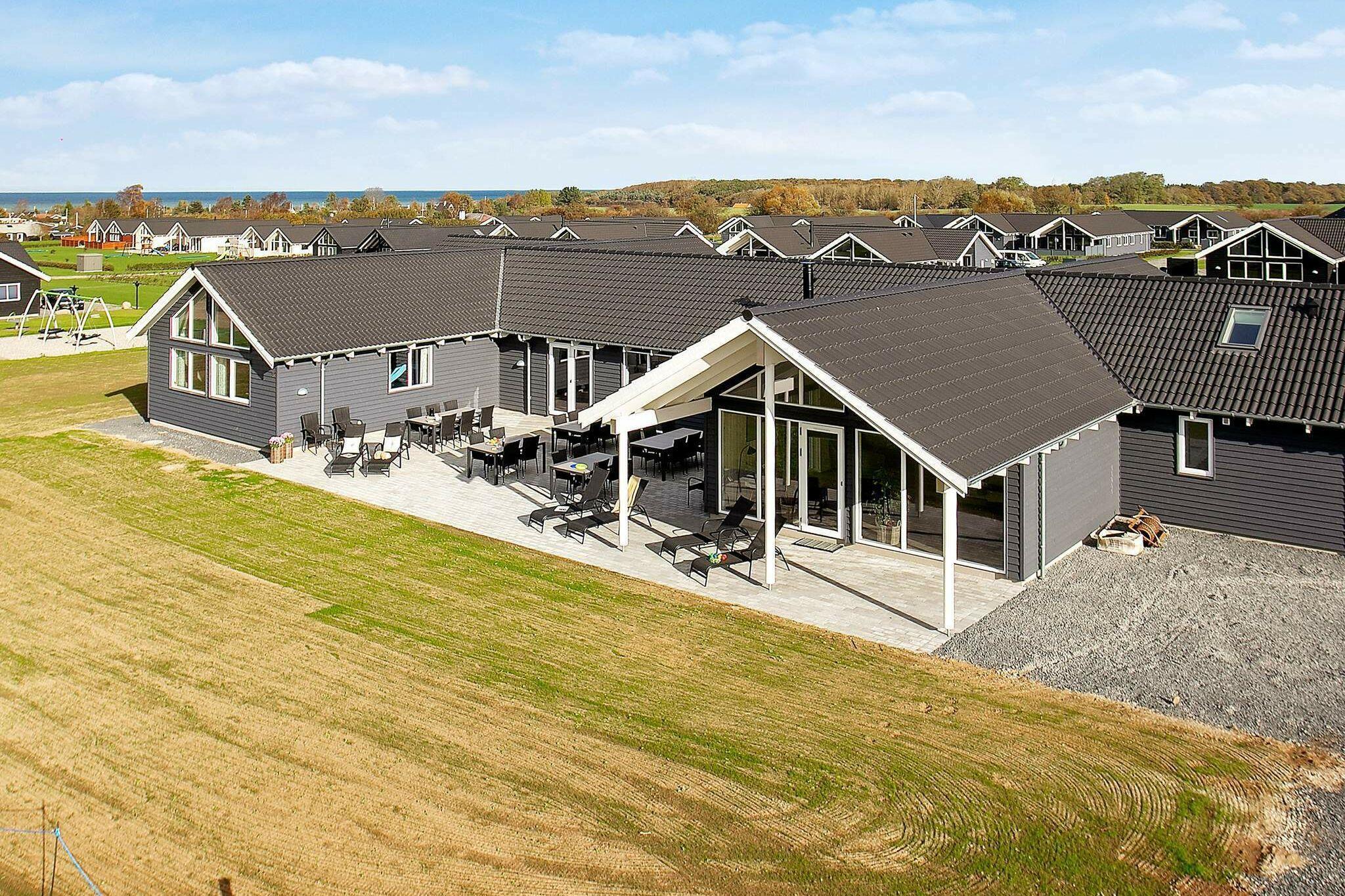 Sommerhus til 30 personer ved Bogense