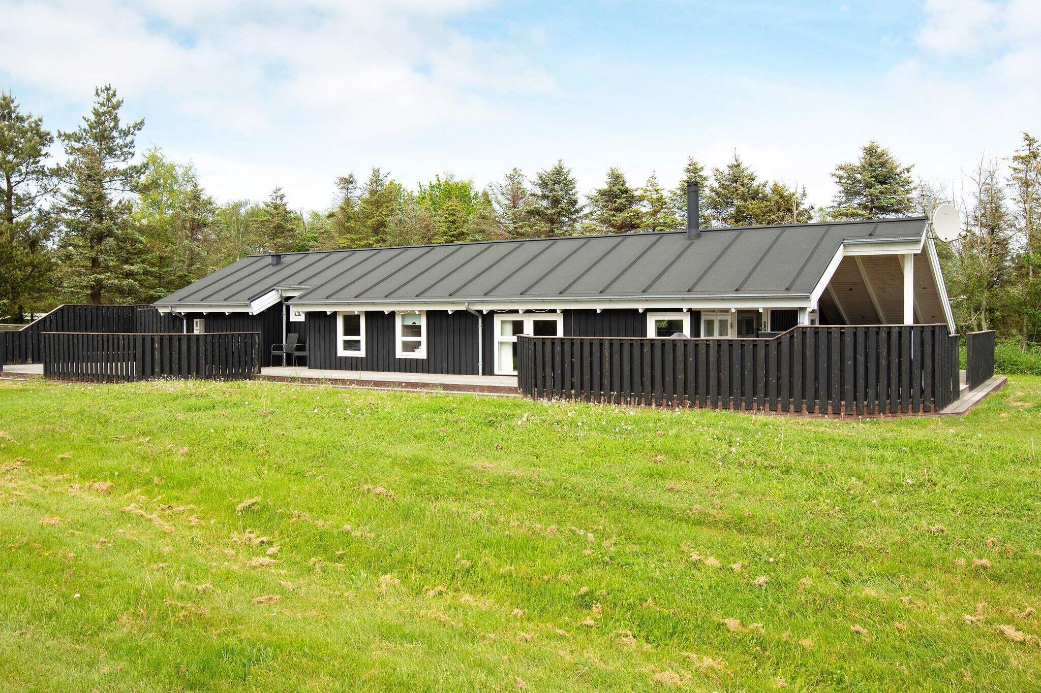 Sommerhus til 9 personer ved Jerup