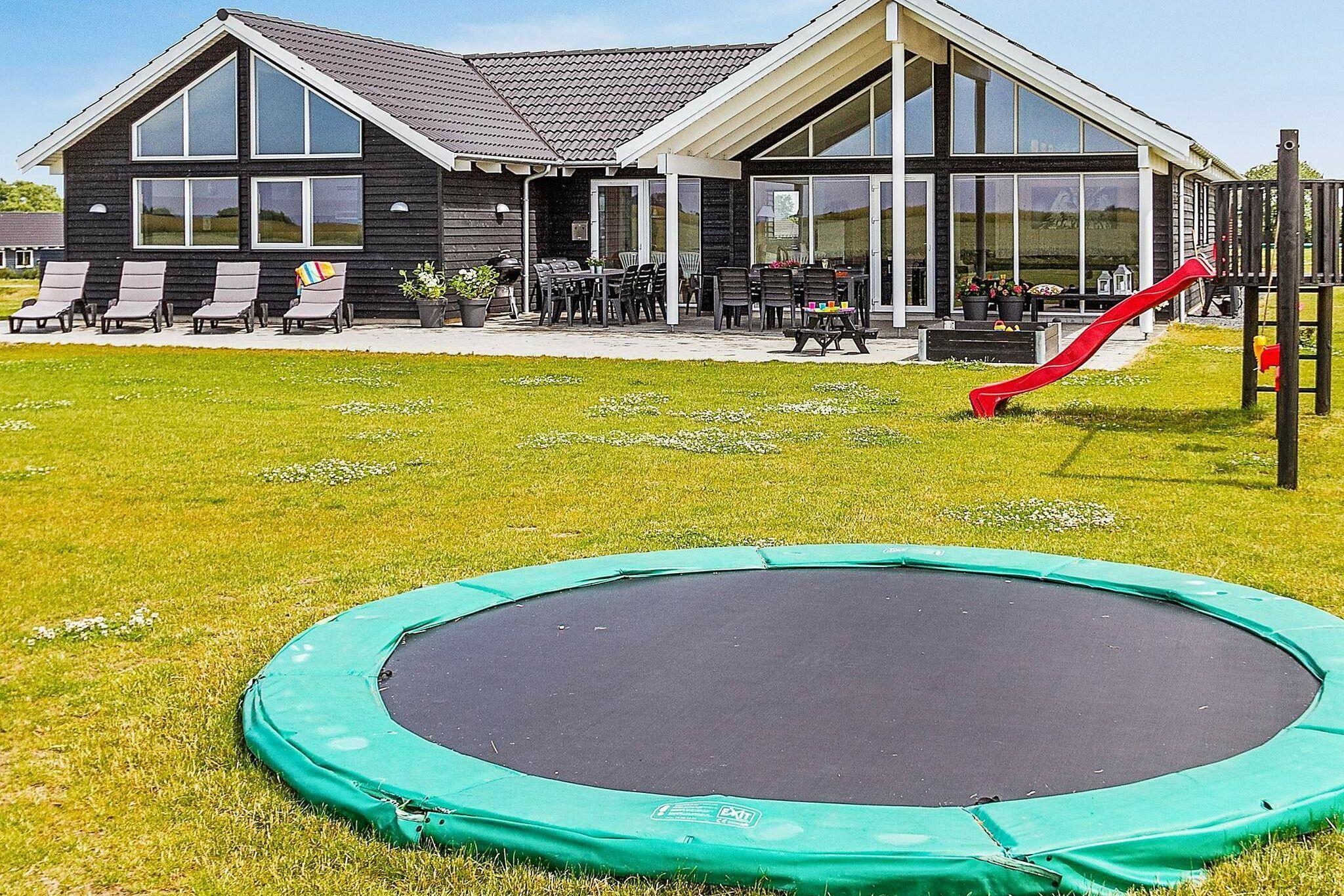 Sommerhus til 16 personer ved Bogense