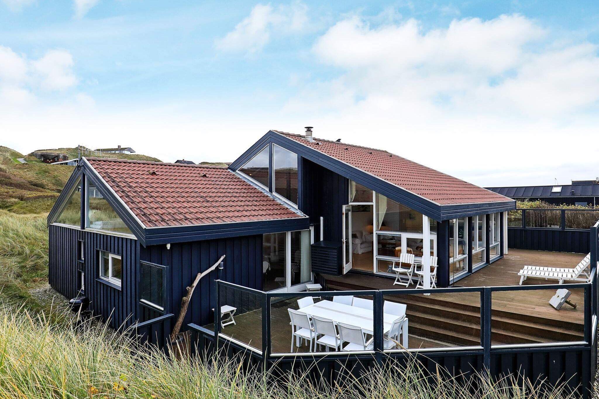 Sommerhus til 14 personer ved Løkken