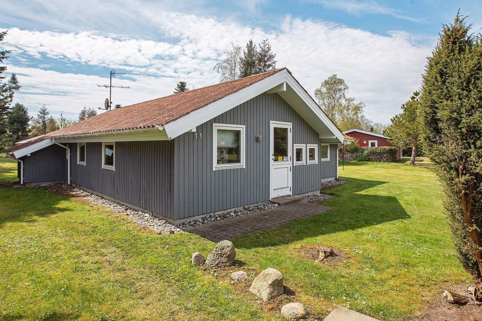 Sommerhus til 8 personer ved Idestrup