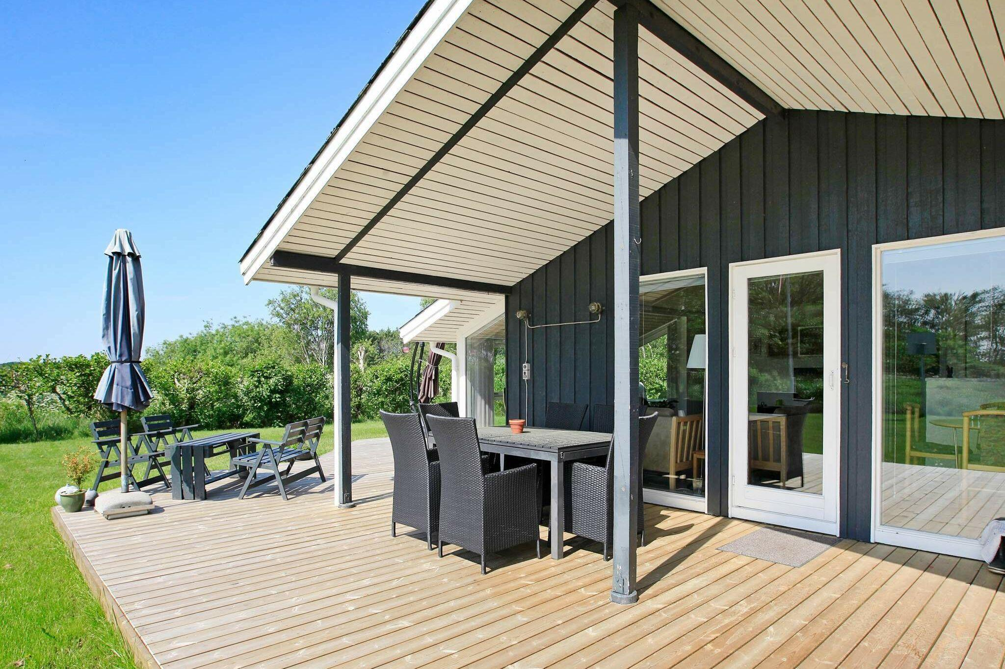 Sommerhus til 6 personer ved Strandby