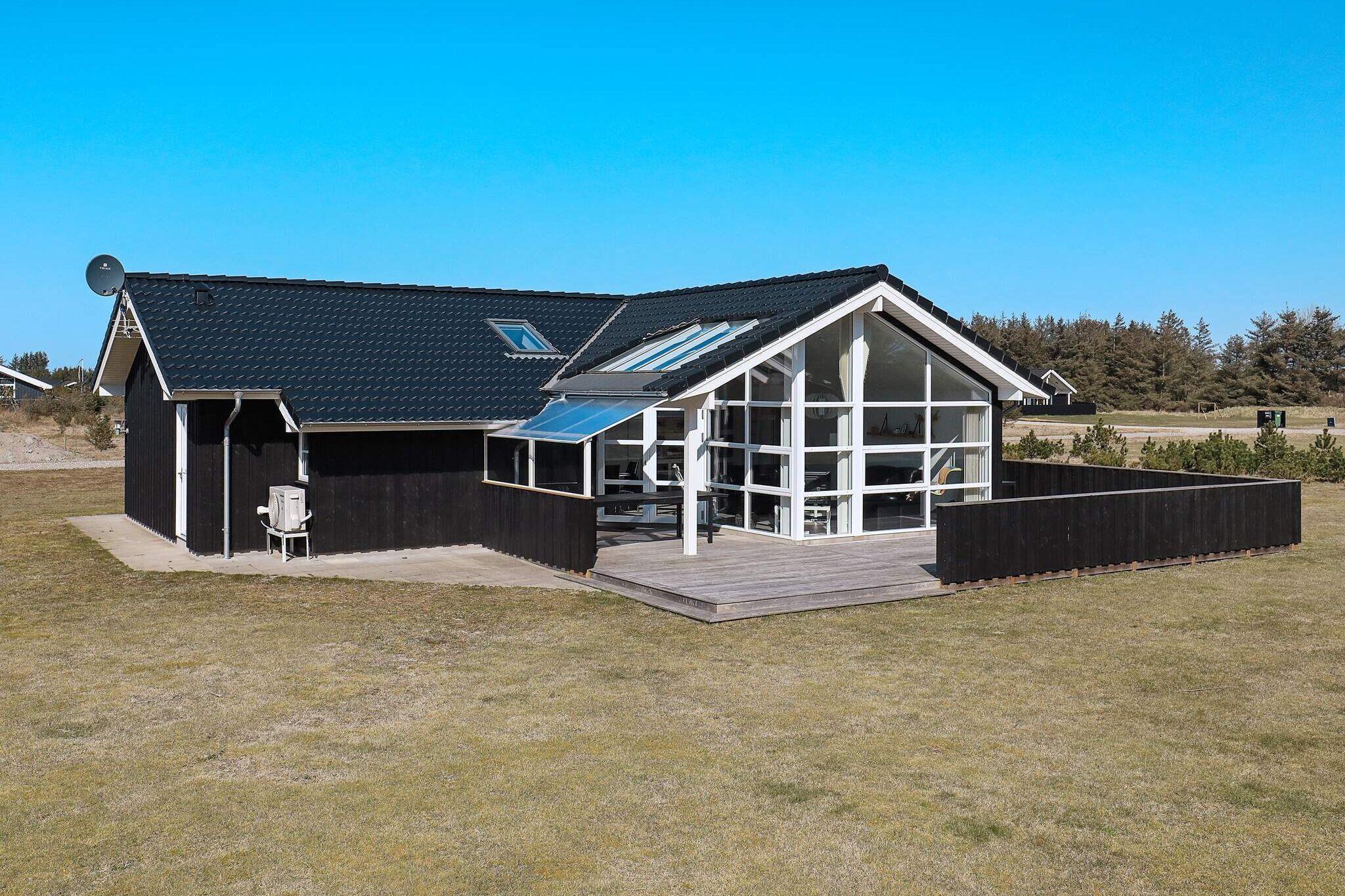 Sommerhus til 10 personer ved Løkken