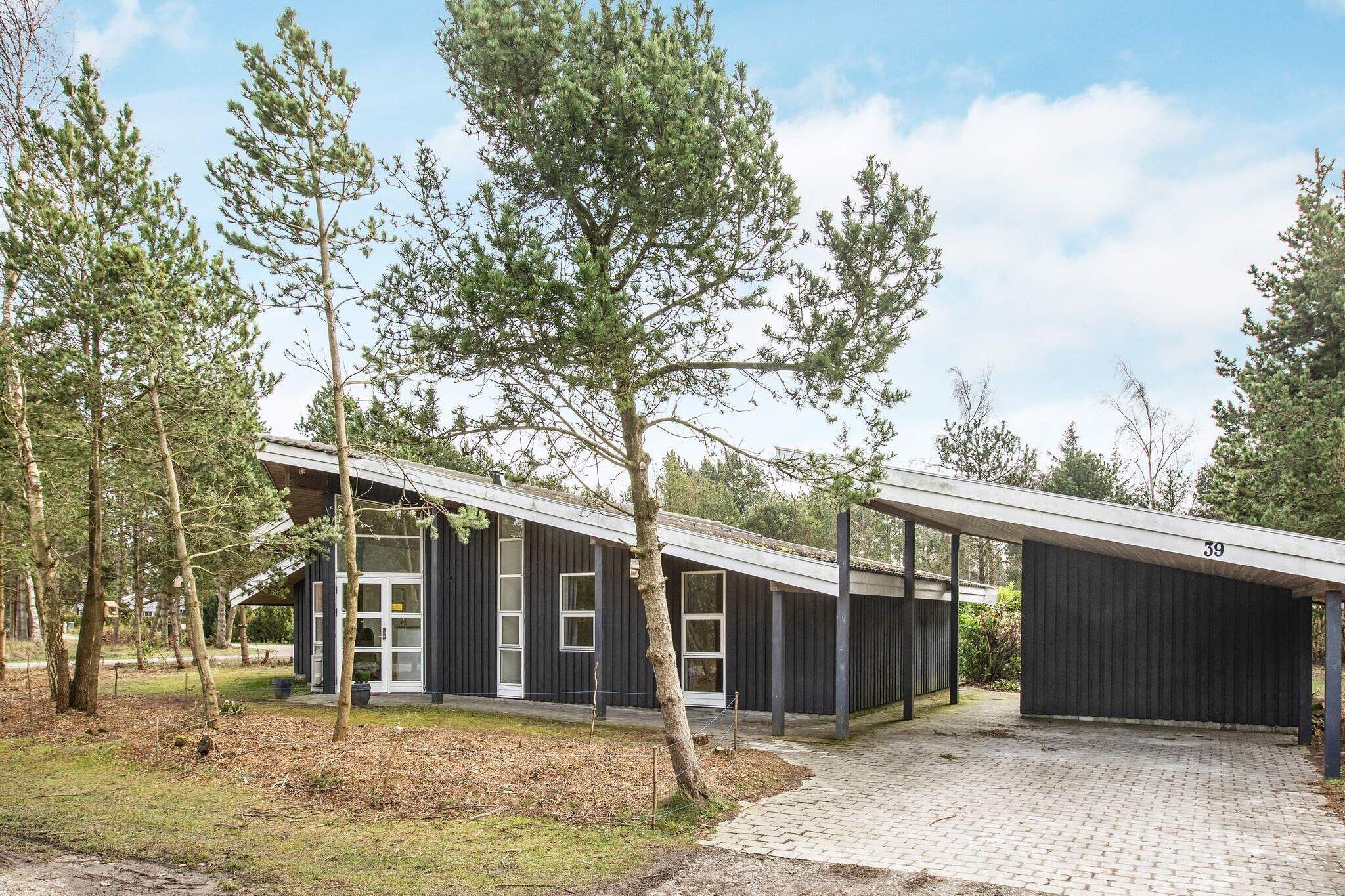Sommerhus til 8 personer ved Væggerløse
