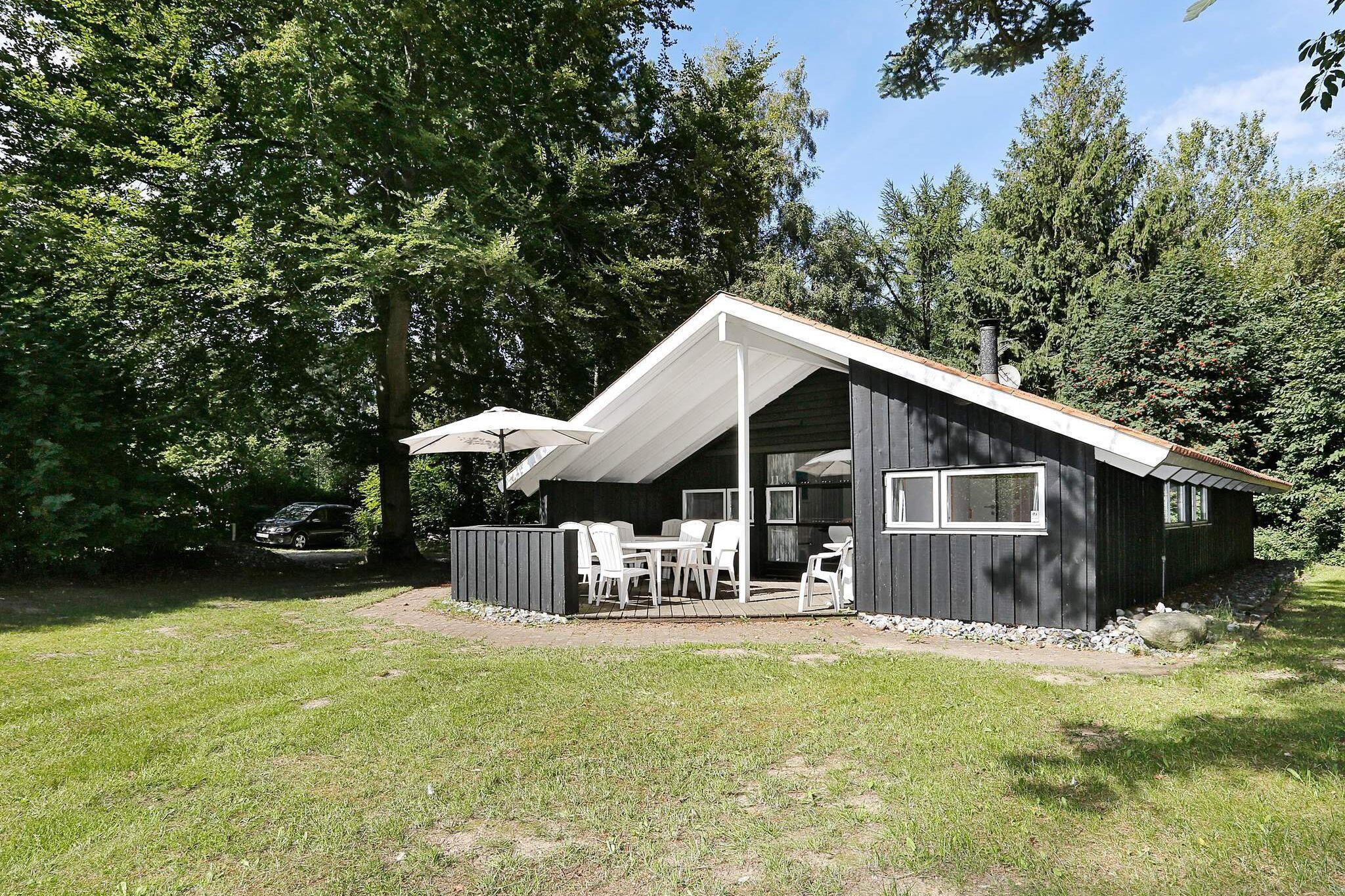 Sommerhus til 8 personer ved Melby