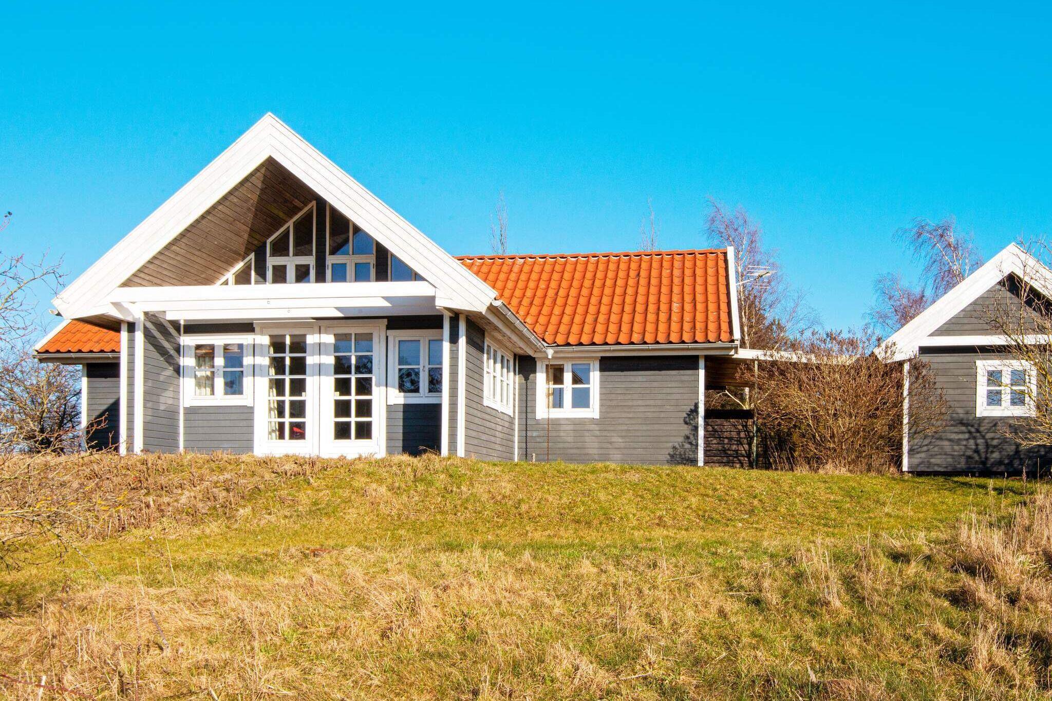 Sommerhus til 11 personer ved Knebel