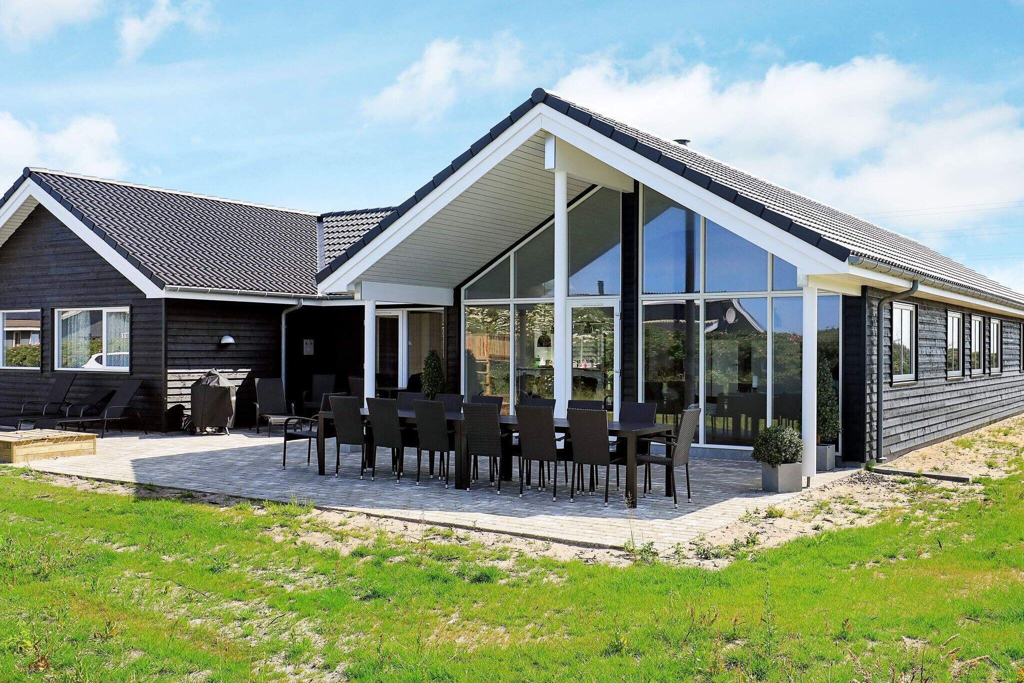 Sommerhus til 18 personer ved Ringkøbing