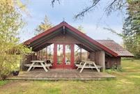 Sommerhus til 5 personer ved Bakkebølle