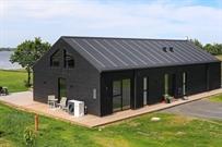 Sommerhus til 14 personer ved Skals