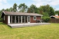 Sommerhus til 4 personer ved Væggerløse