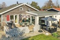 Sommerhus til 6 personer ved Strøby