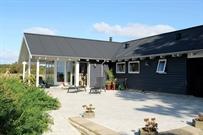 Sommerhus til 14 personer ved Millinge