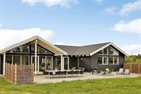 Sommerhus til 18 personer ved Ålbæk