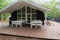 Sommerhus til 9 personer ved Højby