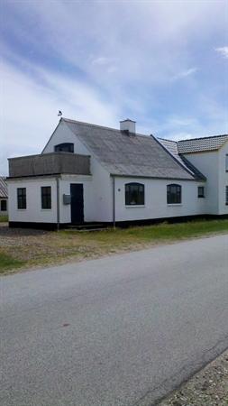 Sommerhus til 6 personer ved Lild Strand