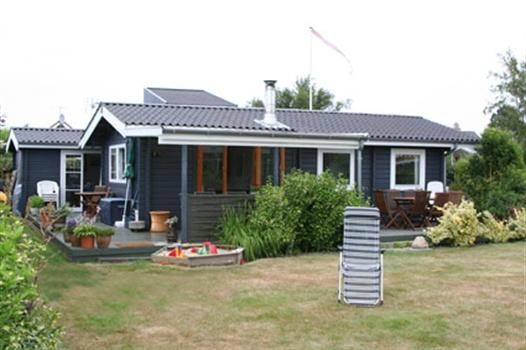 Hus fra haveside - OBS er ændret lidt siden billede
