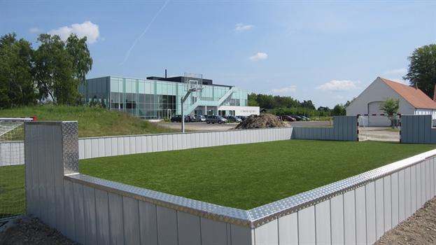 Den nye multibane ved Square. Der er også ny legeplads ved siden af.