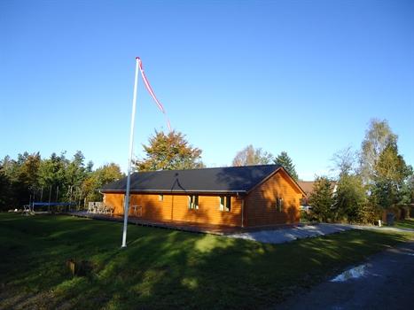 Sommerhus til 12 personer ved Truust