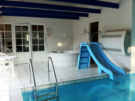 sommerhus jylland med pool massage ekstra