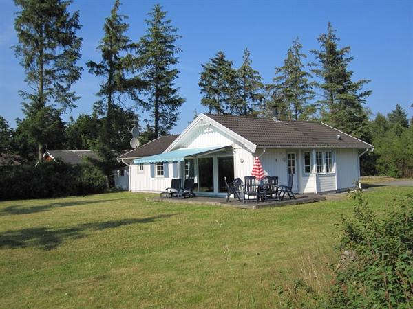 Sommerhus til 8 personer ved Boeslum Strand